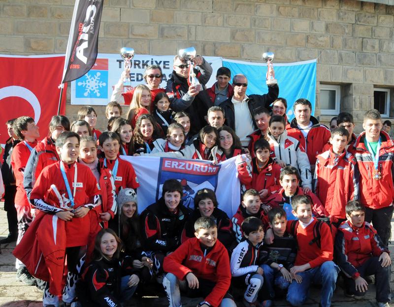 AKUT Kar Sporları Türkiye İkincisi
